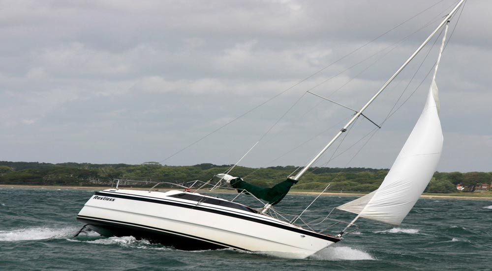 The Macgregor 26x Yacht Restless